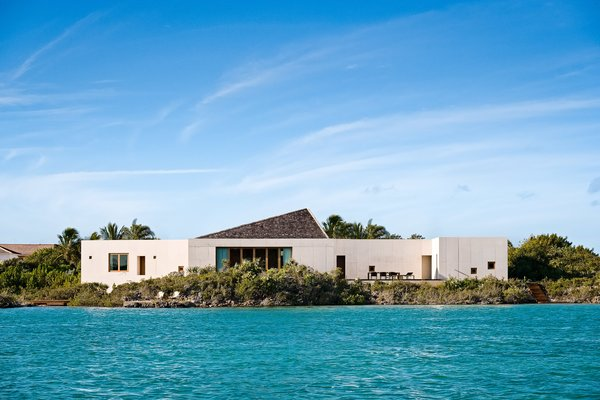A Rick Joy–Designed Retreat in the Caribbean Encourages an Easy-Breezy State of Mind