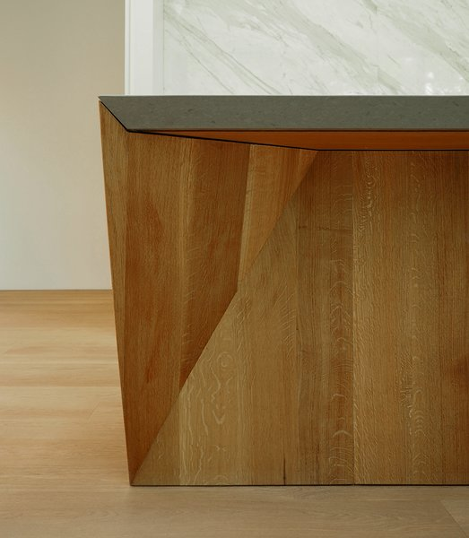 A detail of the counter design.