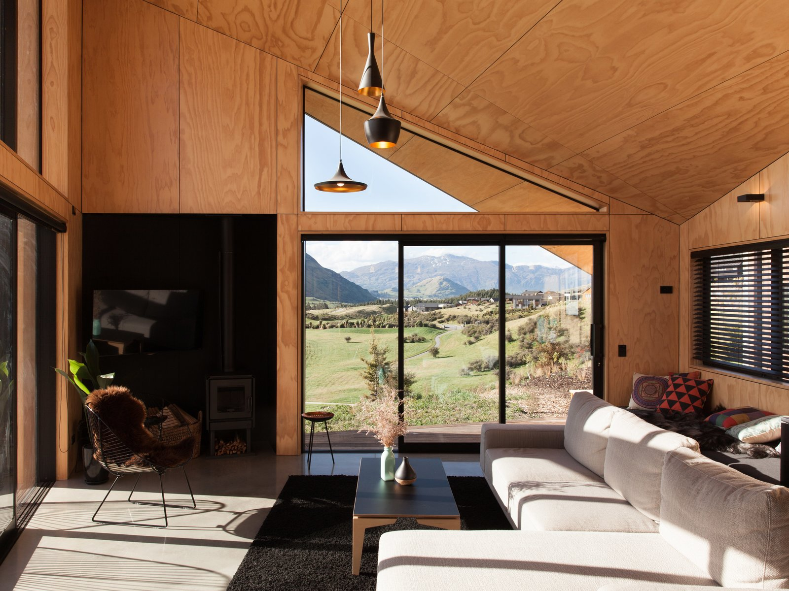 A Tiny Cabin Boasts Big Views Of The New Zealand Countryside Dwell