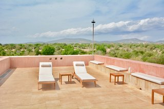 From the rooftop terrace, there are stunning views of both the ocean and the mountains.