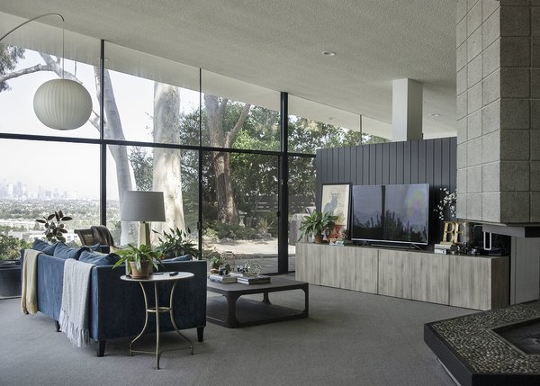 A 1958 Midcentury With Stunning L.A. Views Lists For $2.2M