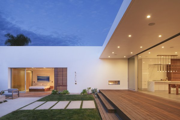 The current layout takes full advantage of the site, placing heavy emphasis on maximizing natural light and indoor/outdoor living.