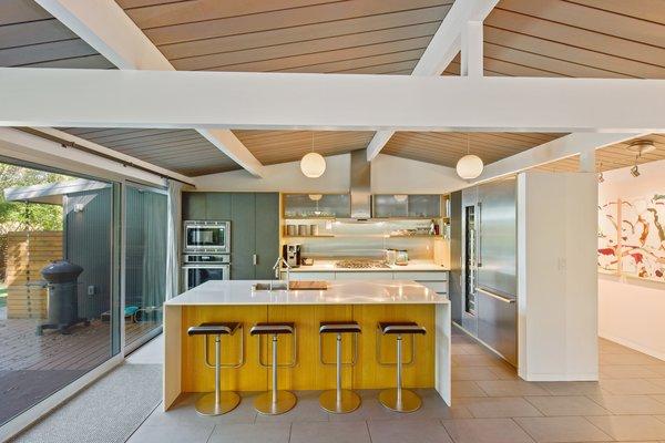 Best 22 Modern Kitchen Slate Floors Design Photos And Ideas - Dwell