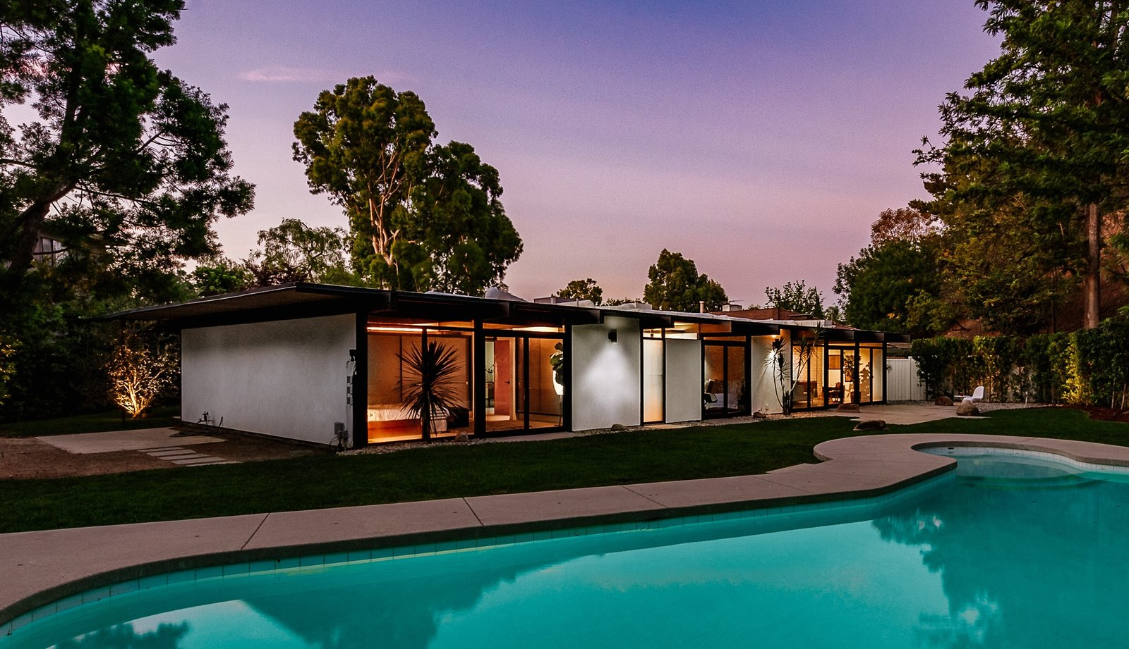 Outdoor, Large Patio, Porch, Deck, Large Pools, Tubs, Shower, and Back Yard Clean lines and lots of midcentury charm help make this home a special find.     Photo 9 of 9 in Picture Yourself in This Historic L.A. Midcentury For $2.6M