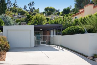 The Gardiner House is an authentic midcentury gem nestled into the Hollywood Hills.