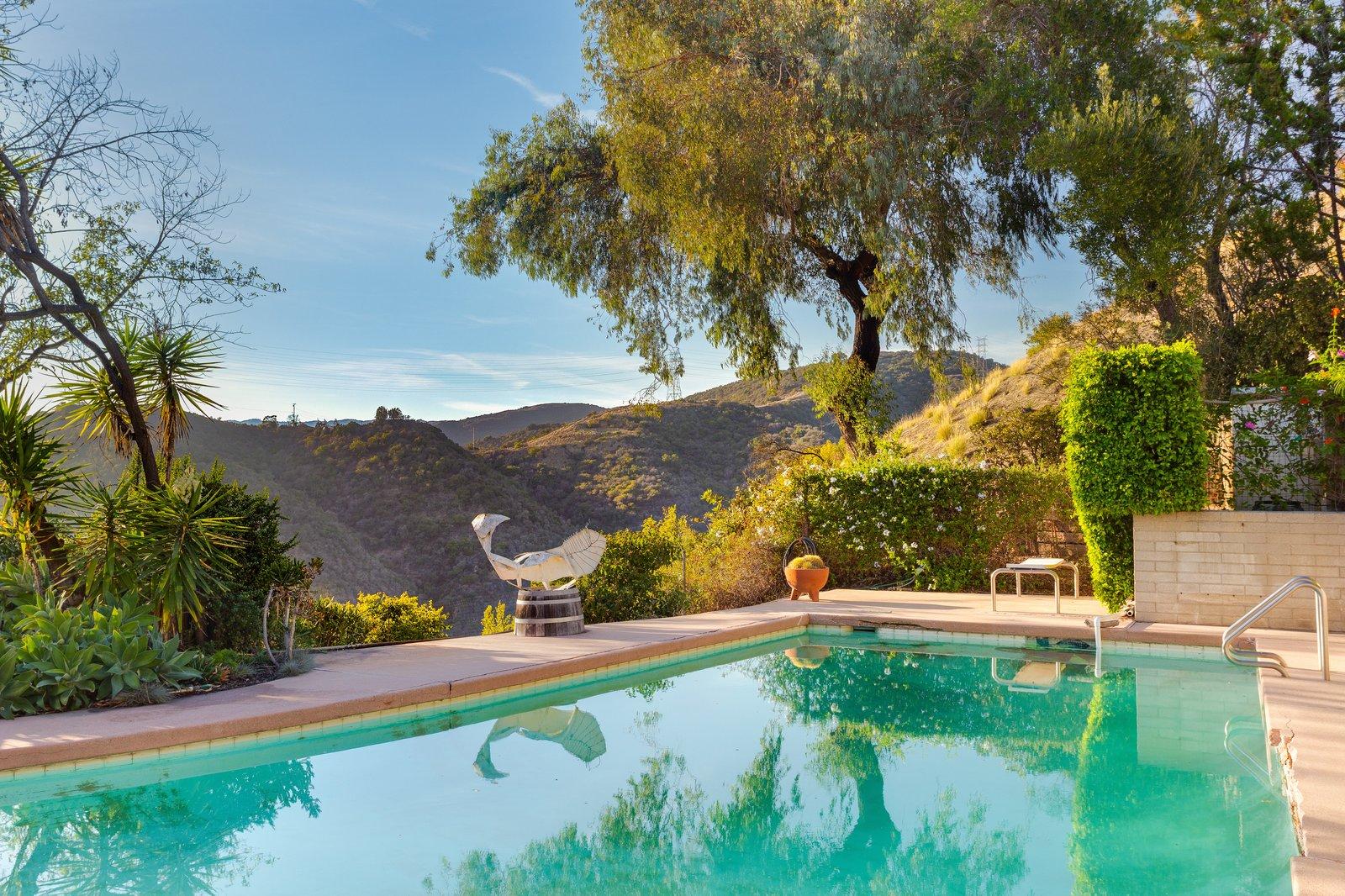 Midcentury modern Neutra home poolside views