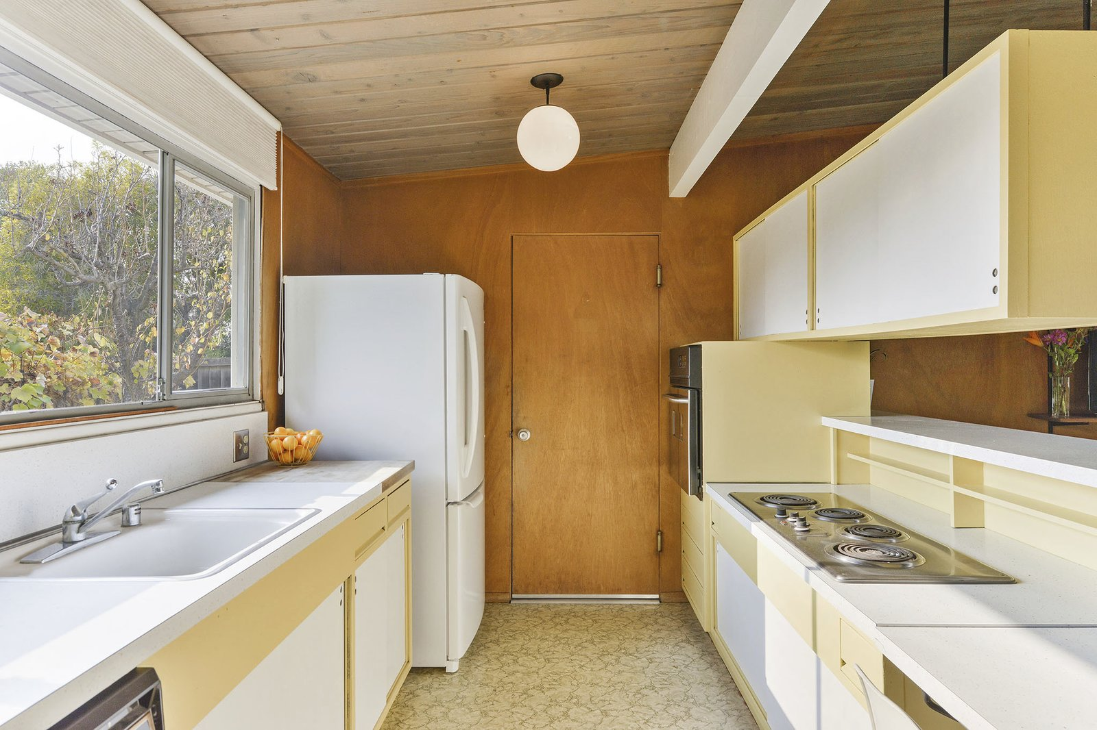 3767 Barrington Drive Eichler kitchen