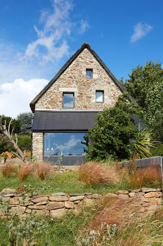 Thatched Cottage Le LAD exterior