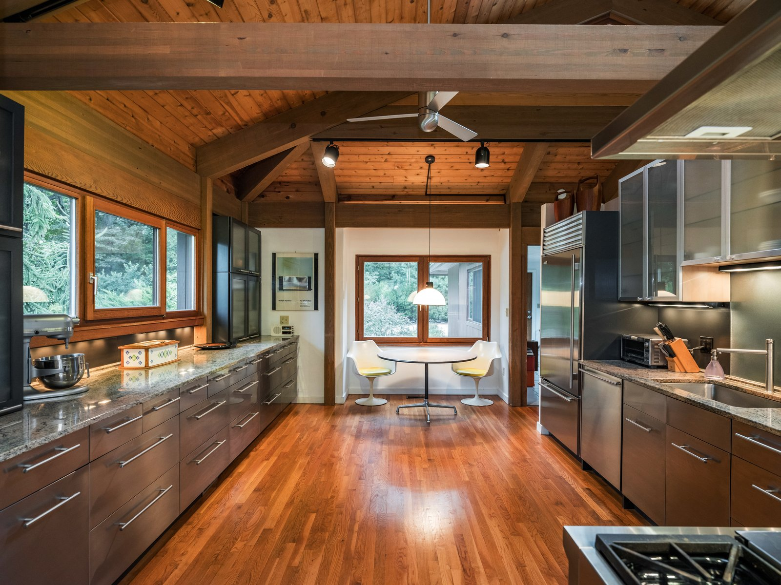 Post-and-beam home kitchen