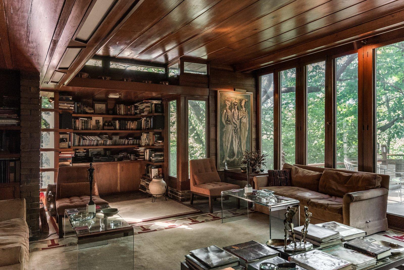 Sondern-Adler House floor-to-ceiling windows