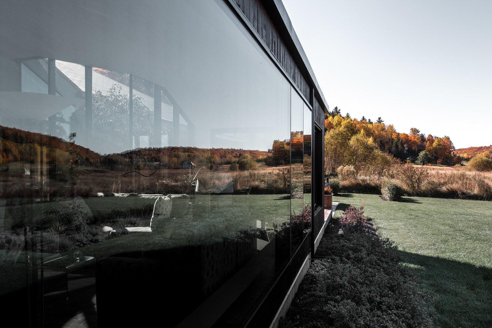 Vallée du Parc Residence exterior glazing