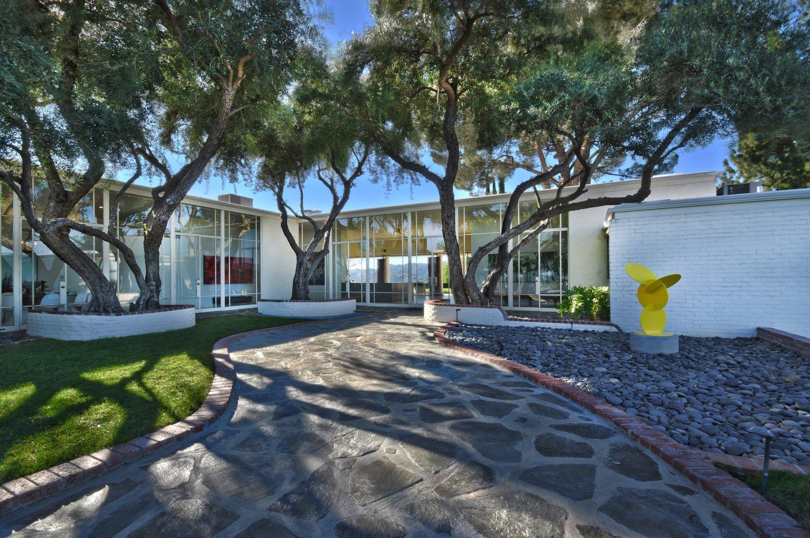 Byrdview Frank Sinatra estate front entrance