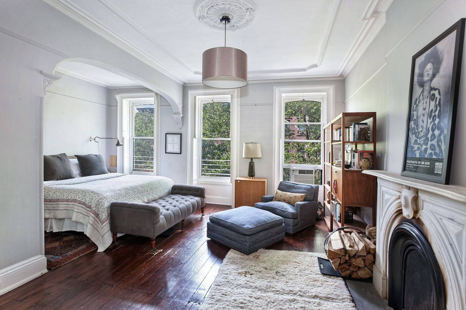 Maggie Gyllenhaal and Peter Sarsgaard's Park Slope Townhouse master bedroom