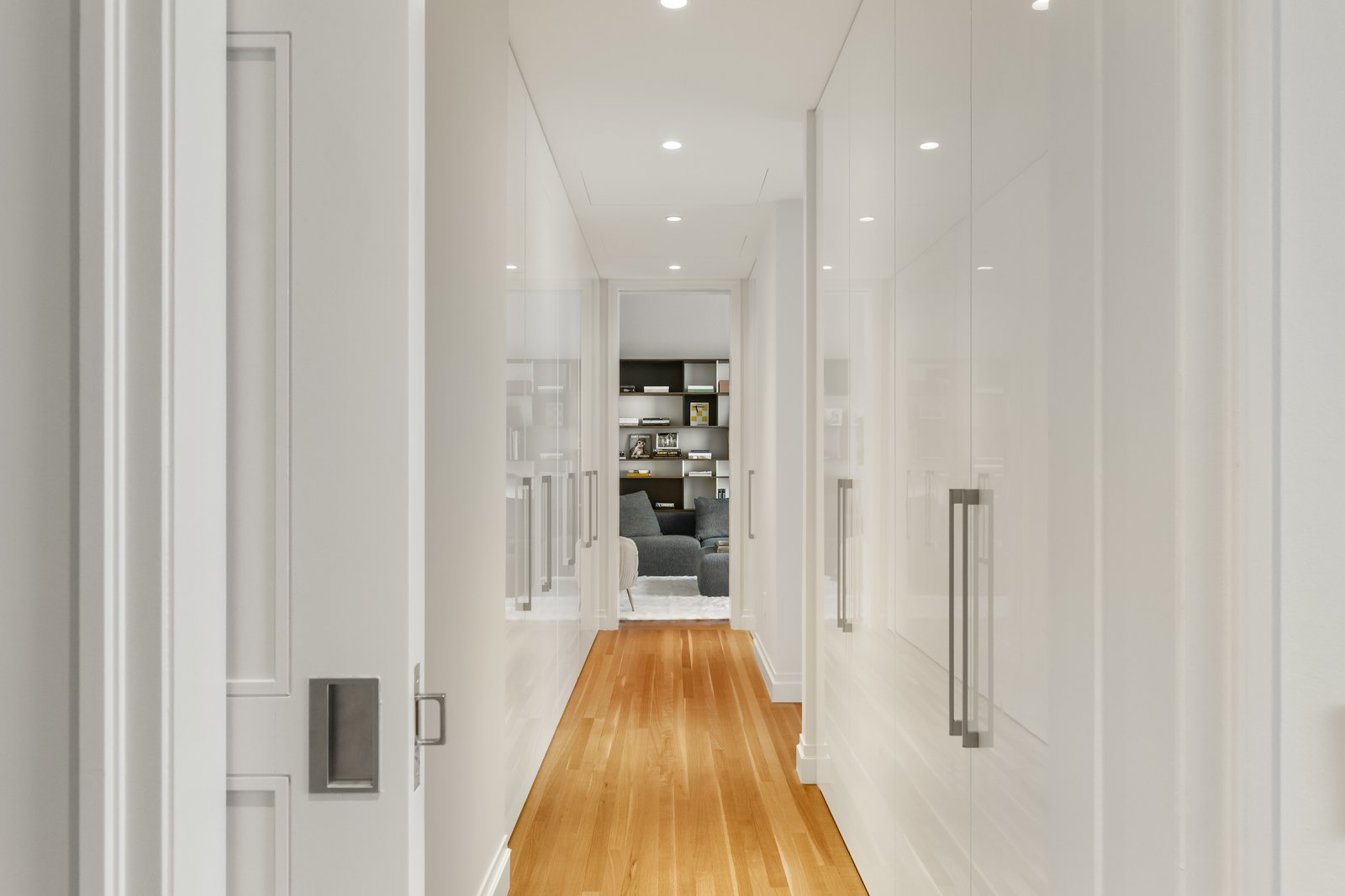 J.Lo and A-Rod's 432 Park Avenue apartment hallway