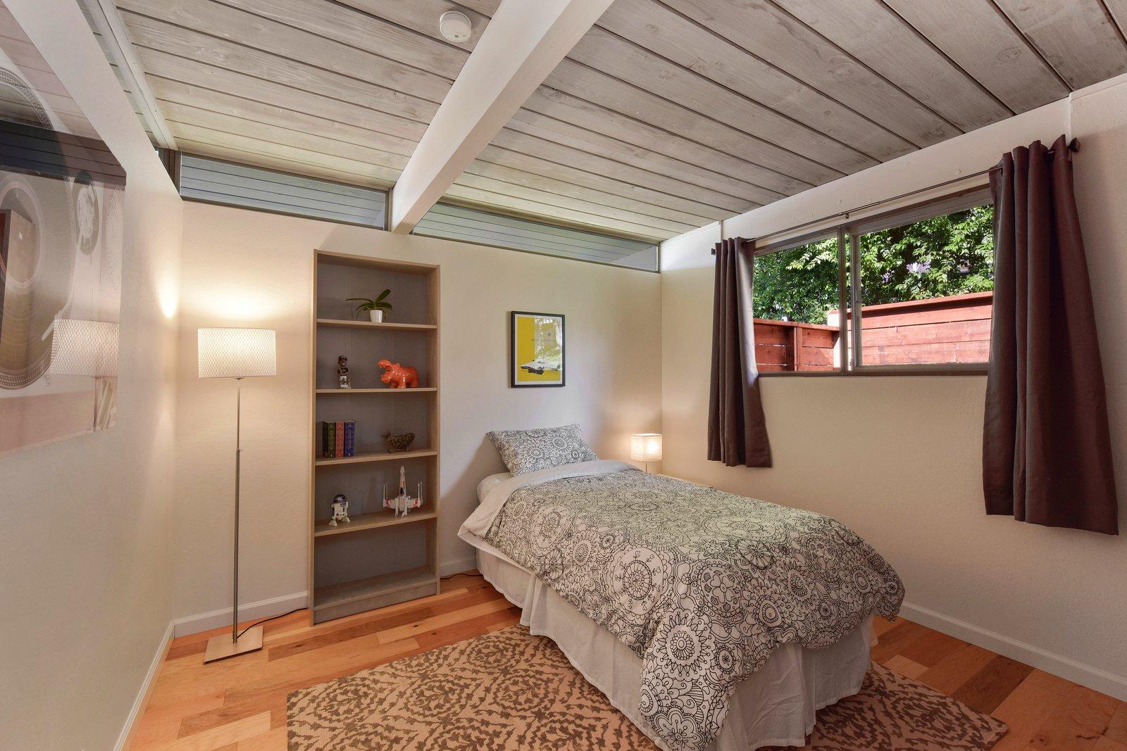 5947 Highwood Road Eichler bedroom