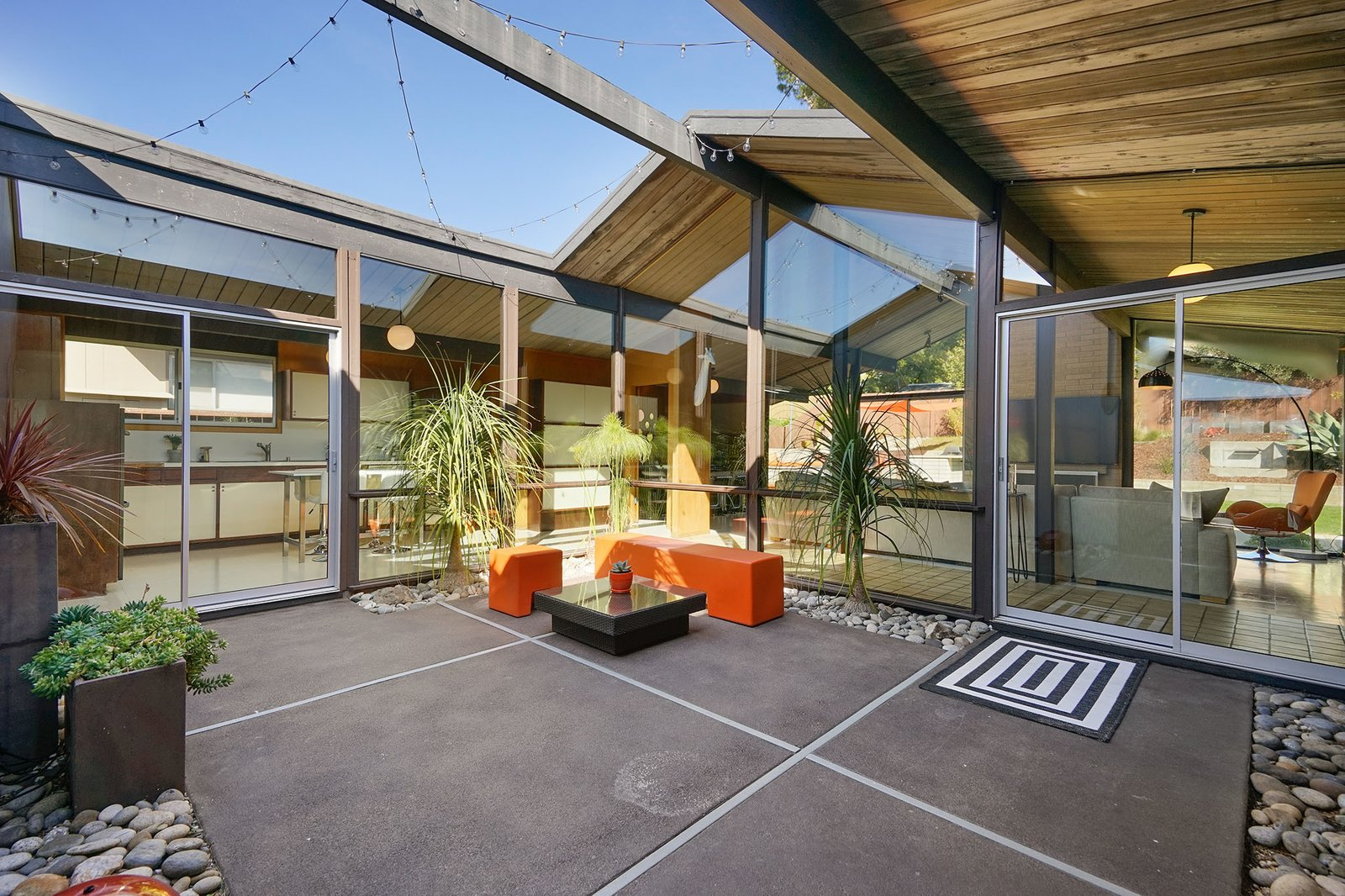 8050 Shay Drive Oakland Eichler home atrium