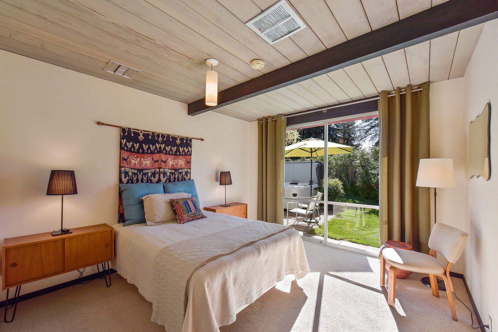 Model 14 Eichler bedroom