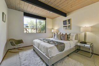 The second and third bedrooms are classic Eichler sleeping spaces.