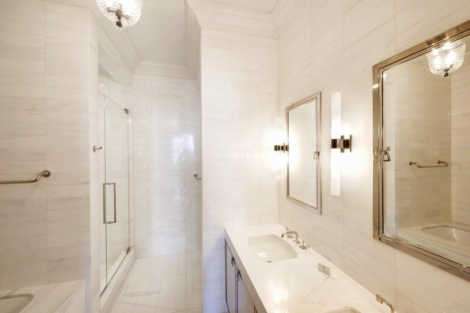 Robert Meers Flatiron Condo bathroom