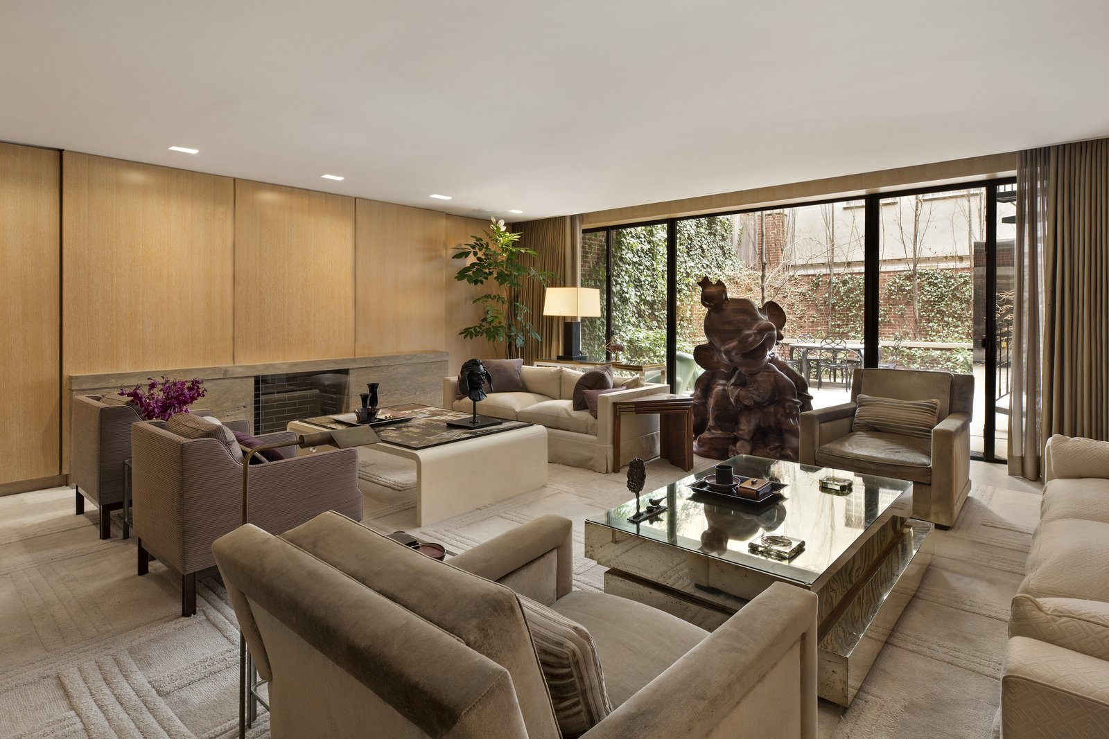Marc Jacobs Superior Ink condominium television room