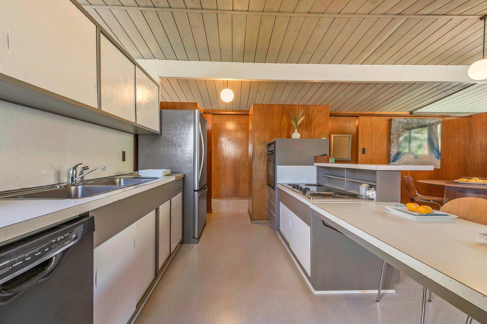 San Rafael Eichler Home kitchen
