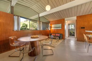 If you're looking for an Eichler with many of its original details intact, this just might be the home for you. Located in San Rafael, this three-bedroom, two-bath Eichler features 1,409 square feet of living space and a large, two-car garage.