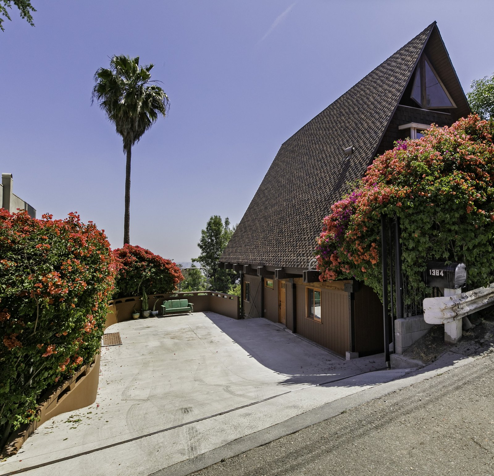 Photo 1 Of 16 In This A Frame Chalet In Los Angeles With An Ingenious Kitchen Wants 1 1m Dwell