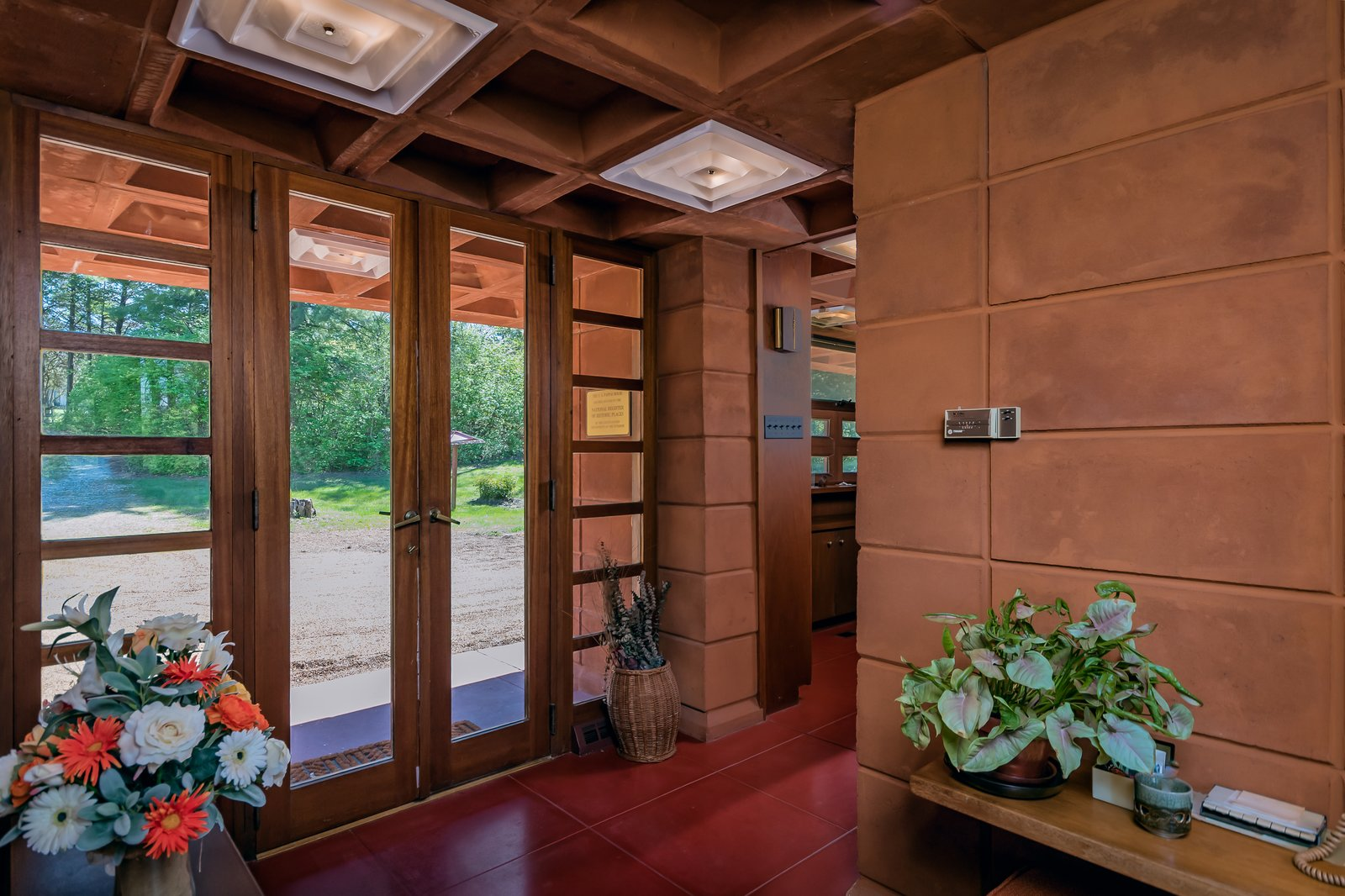 Frank Lloyd Wright Pappas House entrance