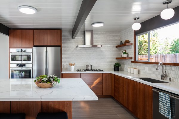 Best 60 Modern Kitchen Ceiling Lighting Design Photos And Ideas Dwell