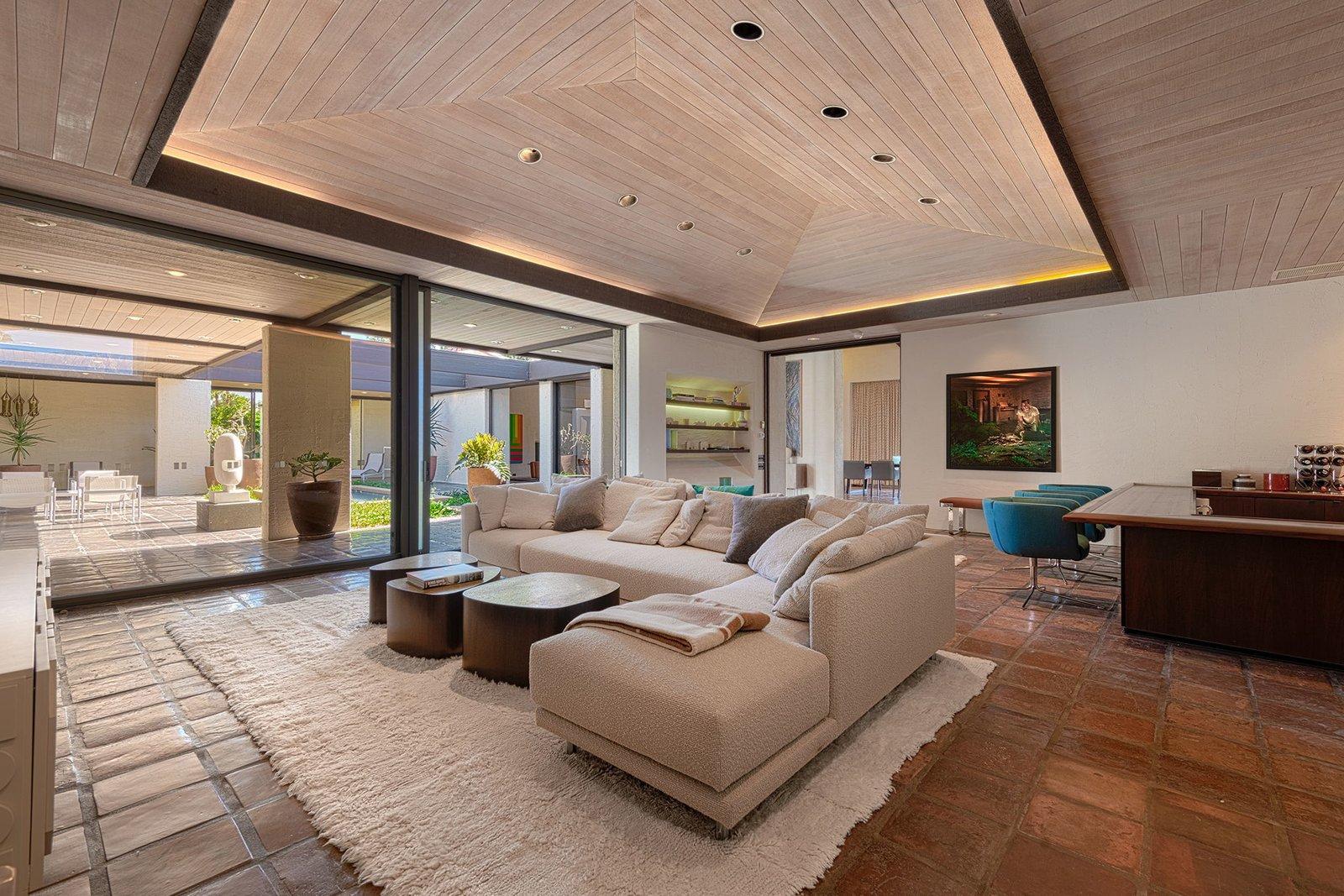 Rubinstein House William Cody Rancho Mirage  Bar  living room