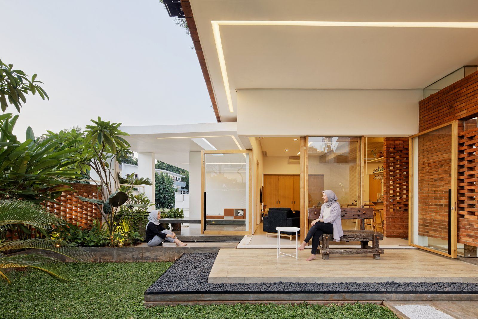 Flick House Delution Indonesia Green Architecture Garden