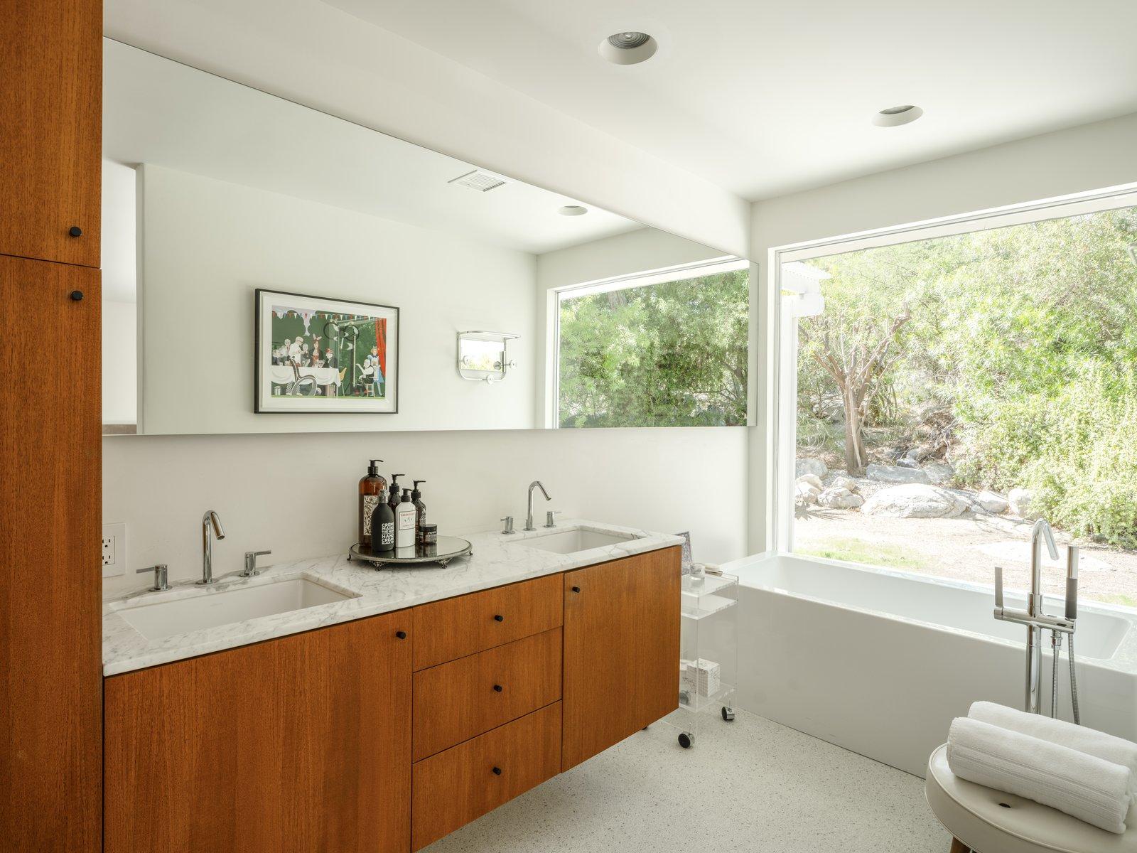 William Cody Palm Springs Midcentury Bathroom