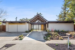 A Double-A, Bay Area Eichler Just Listed for $900K