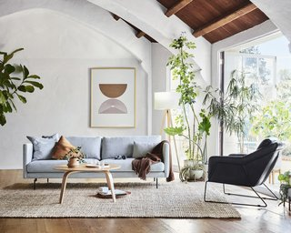 Here Are 4 Places to Rent Stylish Furniture for Your Best Work-From-Home Setup