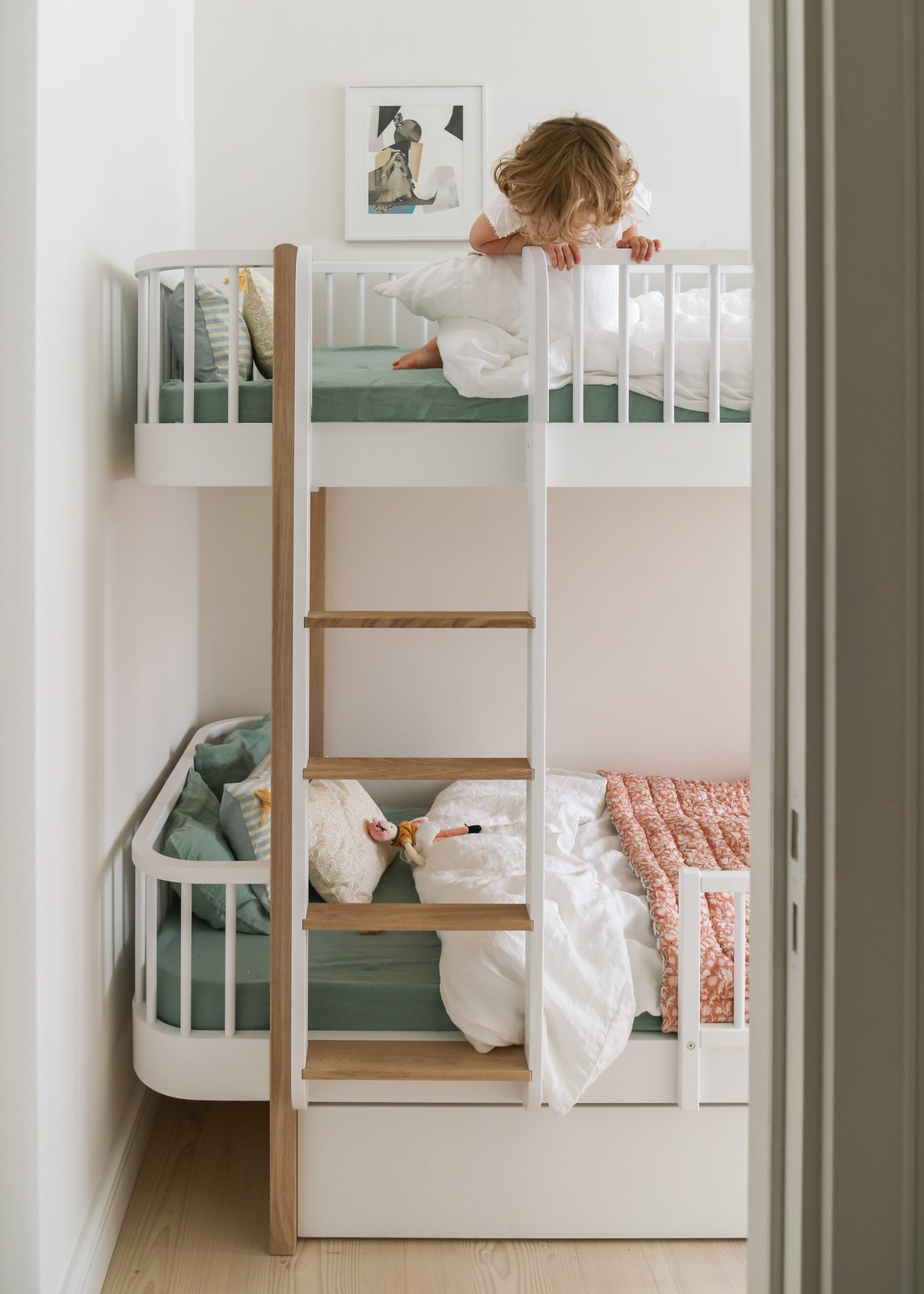 White Arrow Berlin Apartment Renovation Kids Room Bunkbeds