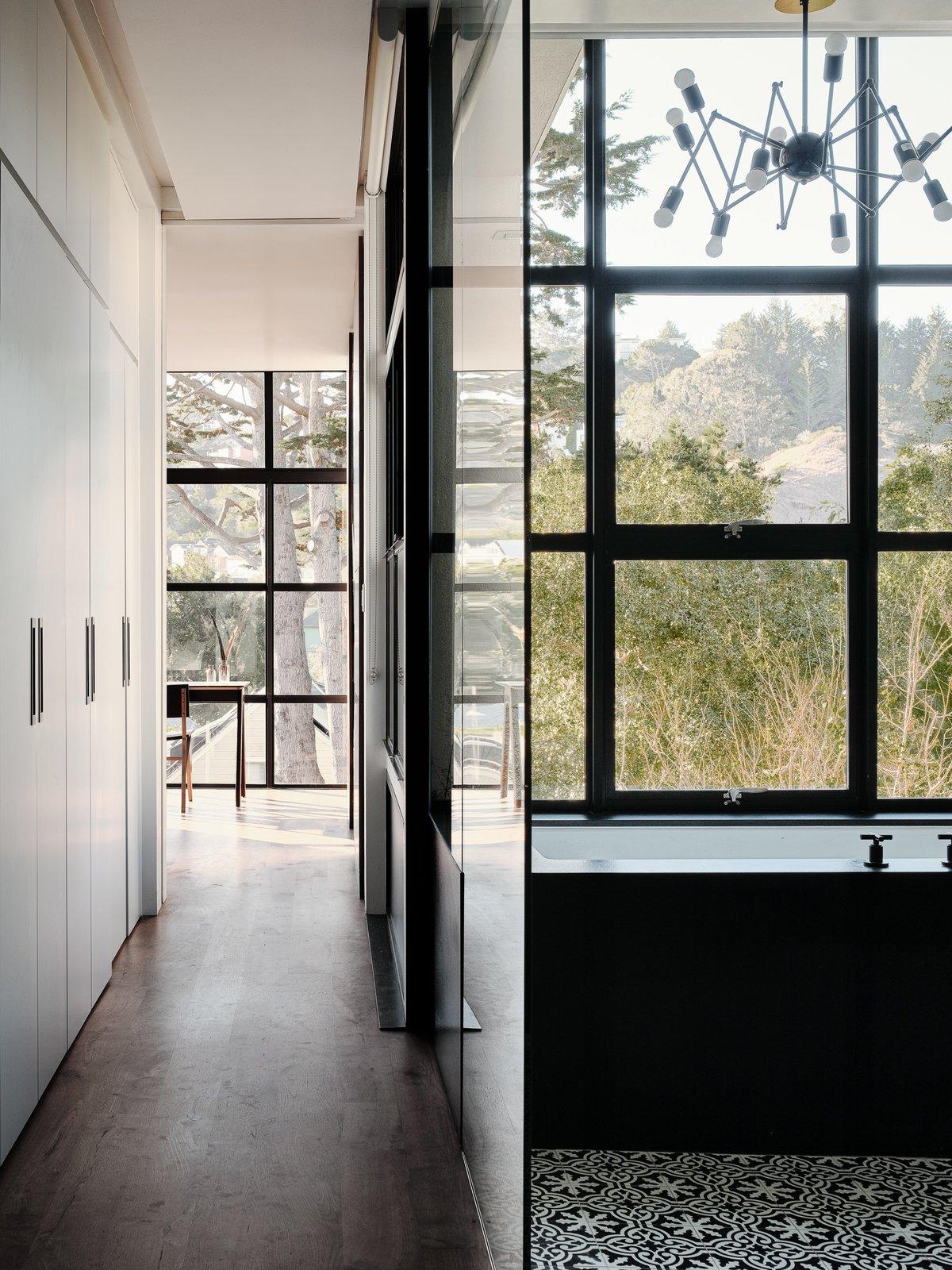 Levy Art + Architecture  Síol Studios Valley Street Project bathroom