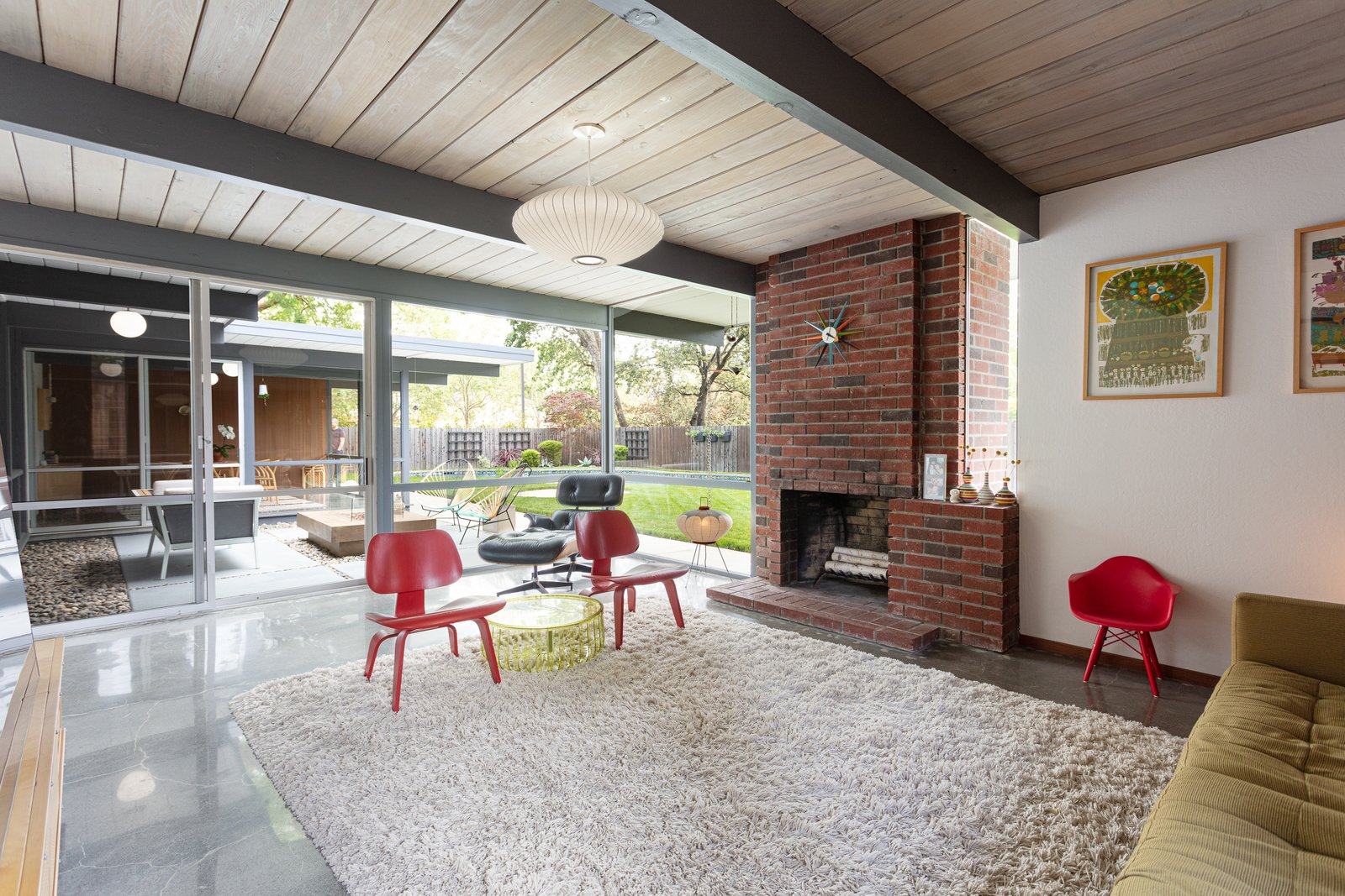 Walnut Creek Super Eichler living room