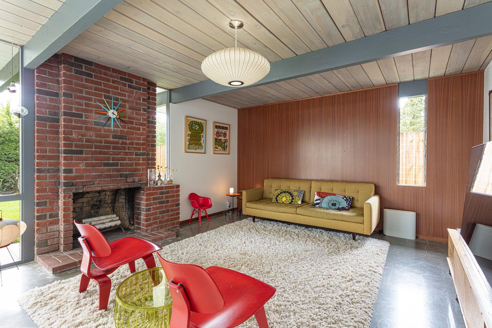 Walnut Creek Super Eichler living room