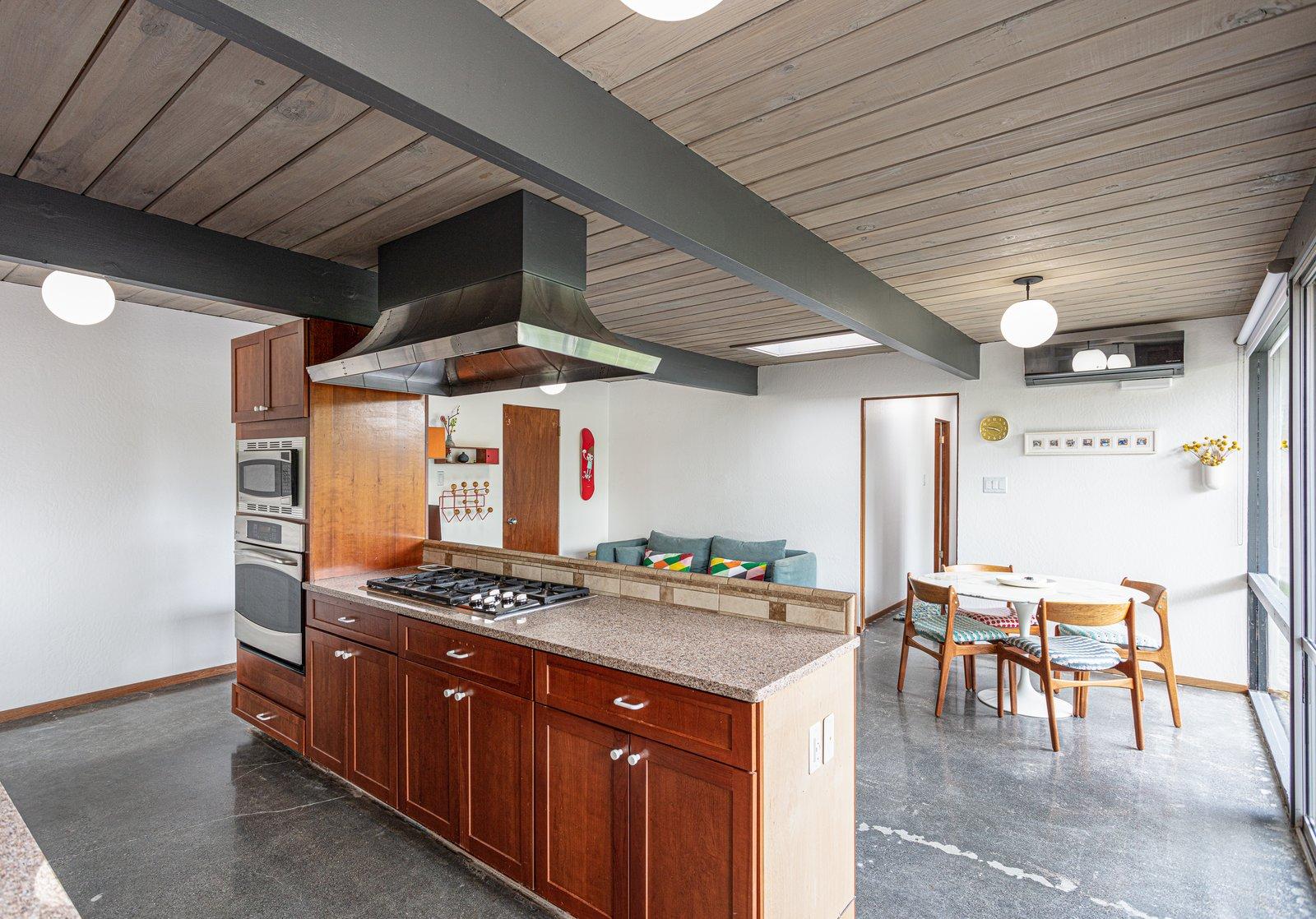 Walnut Creek Super Eichler kitchen