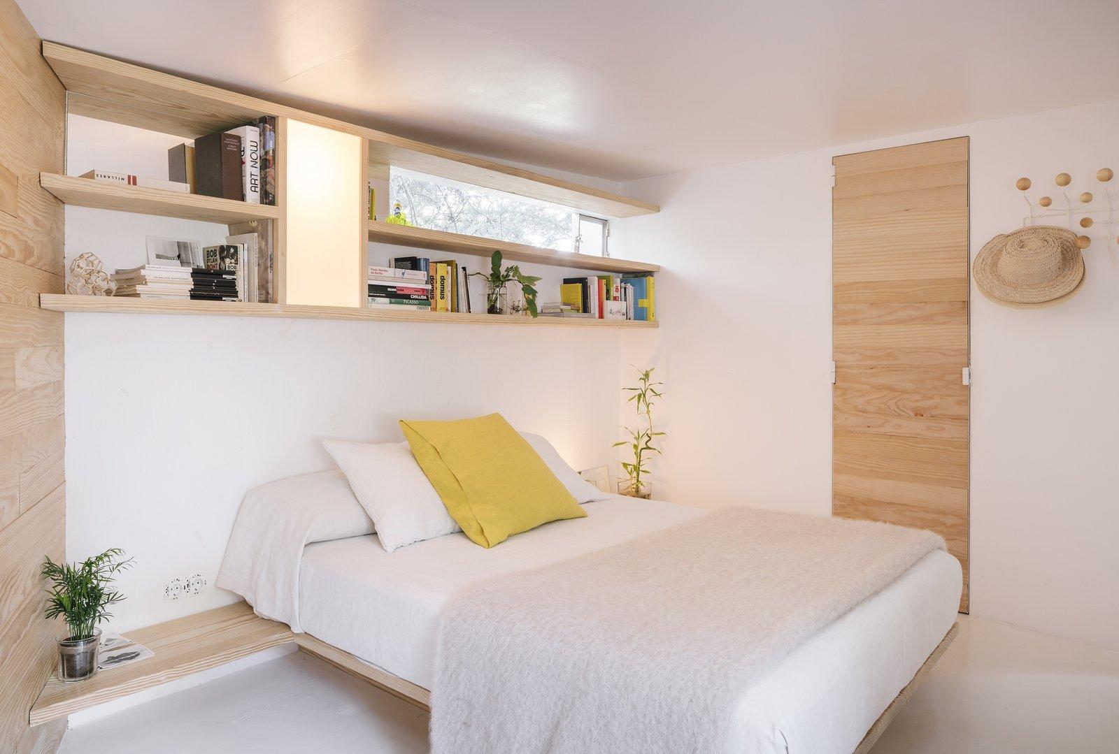 Bedroom of La Madriguera by delavegacanolasso