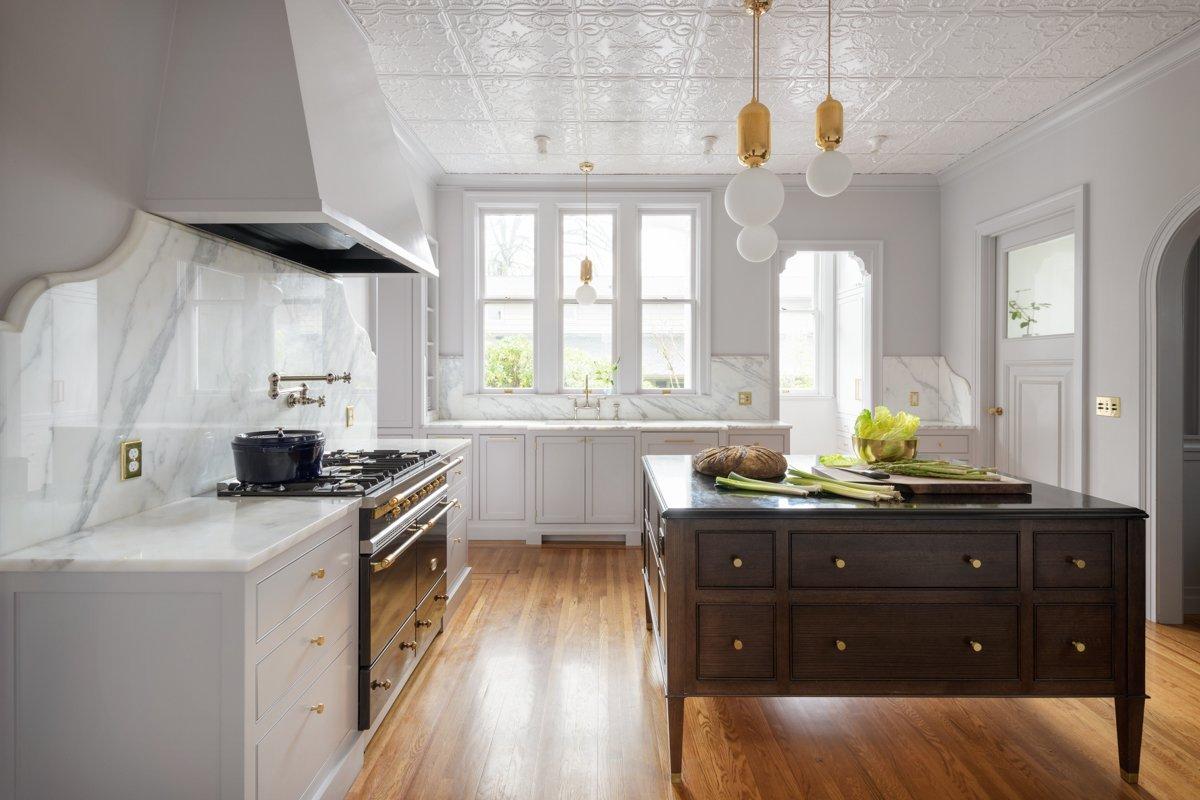Jessica Helgerson Interior Design Southwest Hills Victorian Kitchen