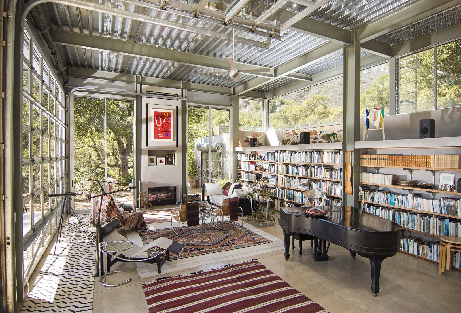 Barton Myers 949 Toro Canyon Living Room