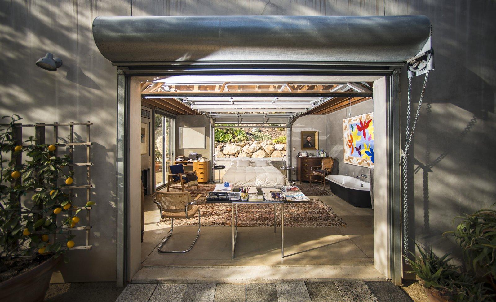 Barton Myers 949 Toro Canyon Master Bedroom