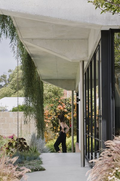 Another key element of the design is the fact that the home's energy is supplied by extensive solar collection and the harvesting of gray water, radically reducing the building's energy expenditure. In fact, the house generates more energy than it consumes.