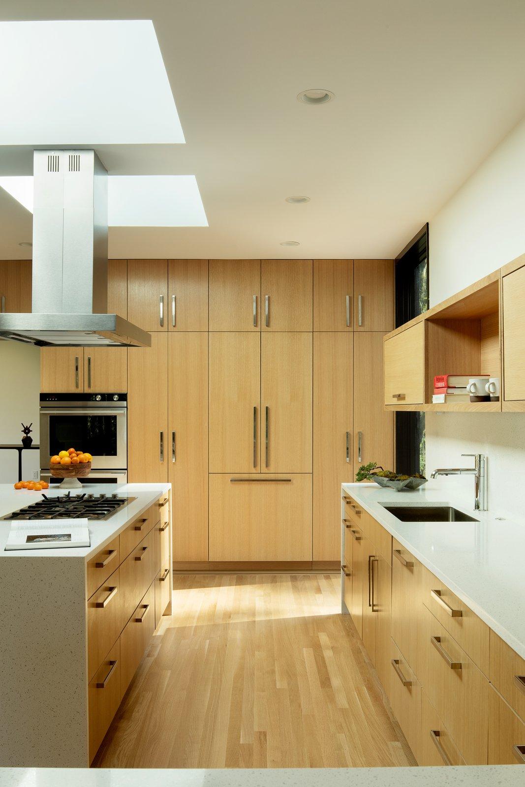 William / Kaven Architecture Royal Portland, Oregon Forest Park kitchen