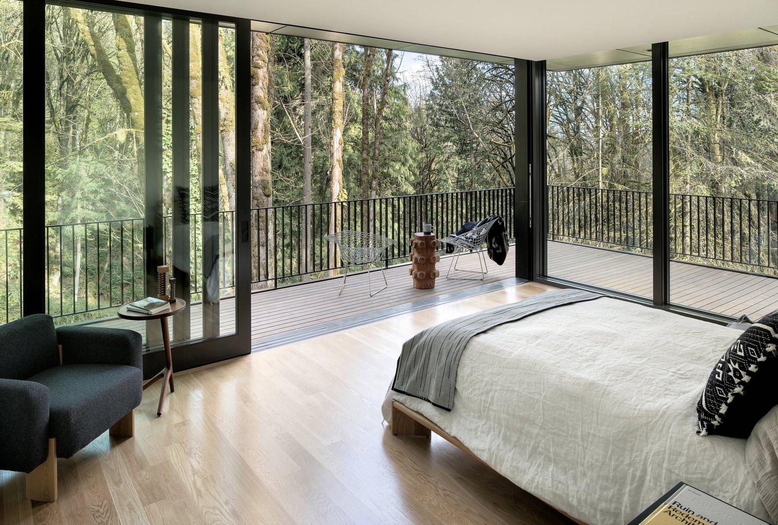William / Kaven Architecture Royal Portland, Oregon Forest Park master bedroom
