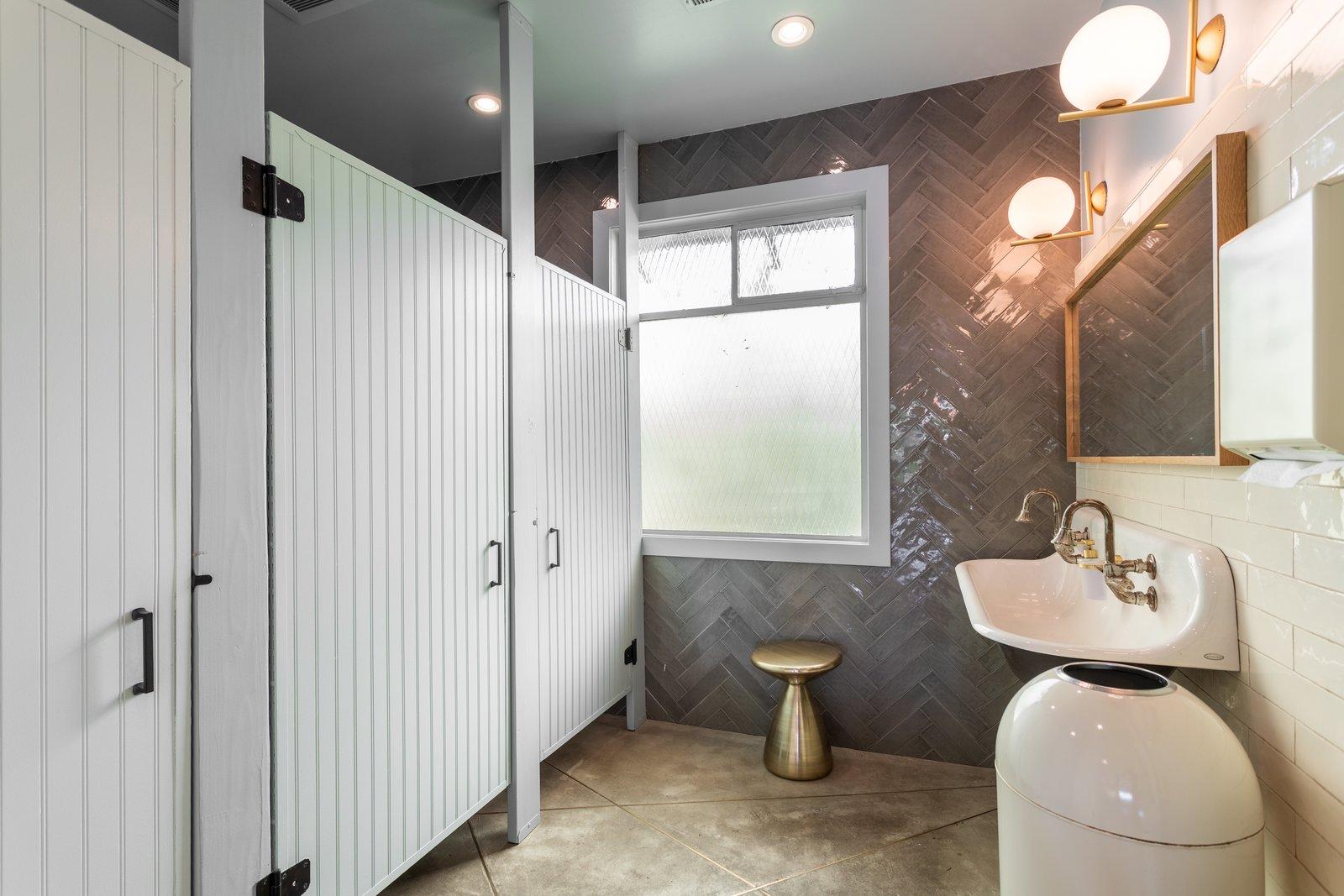 The Ruby Street bathroom