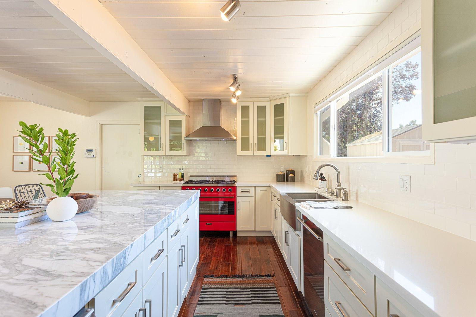 Sequoyah Hills Eichler home kitchen