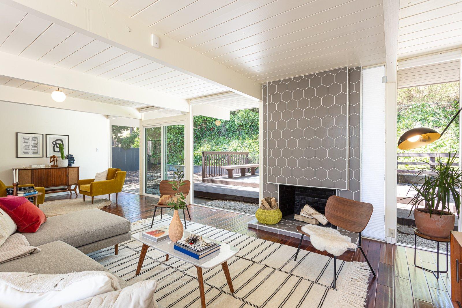 Sequoyah Hills Eichler home living area