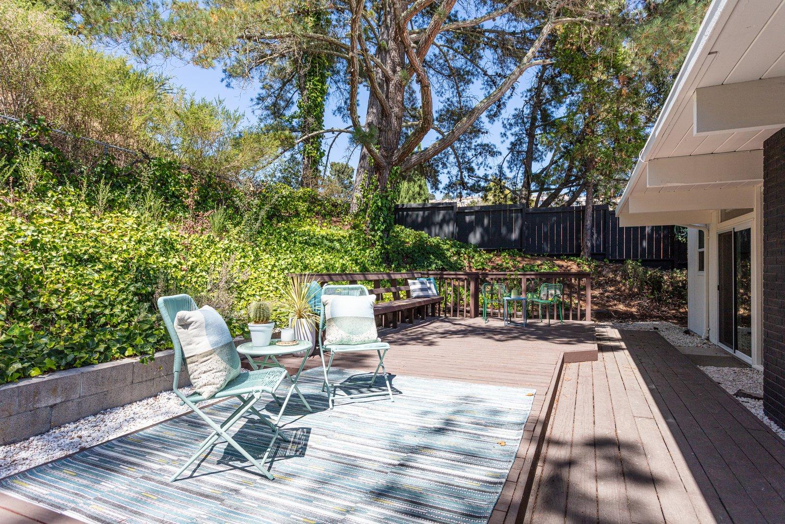 Sequoyah Hills Eichler home patio